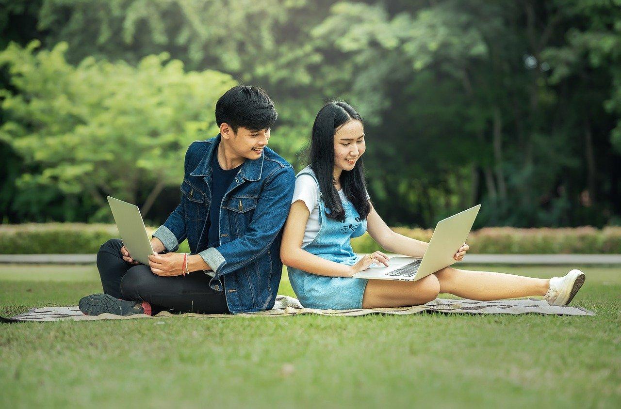 Programowanie dla młodzieży. Lista najlepszych narzędzi dla nastolatków.